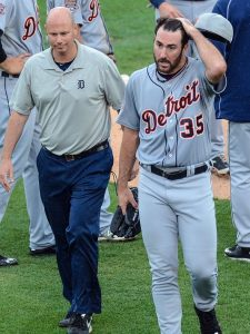 Justin Verlander (cramp) leaves Detroit Tigers game, but says he's fine