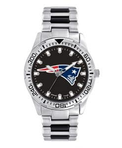 New England Patriots Mens Quartz Analog Silver Heavy Hitter Watch