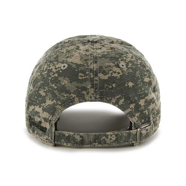 bd964bfcc0d8f0 New York Yankees Officer Digital Camo 47 Brand Adjustable Hat. New ...