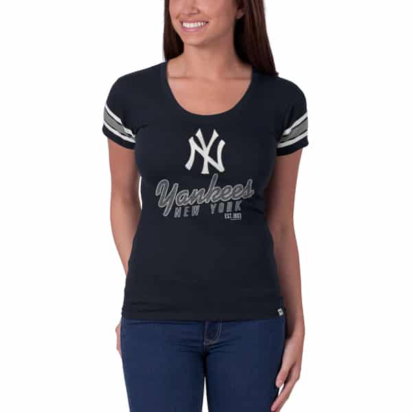 New York Yankees Off Campus Scoop Womens Fall Navy 47 Brand Shirt