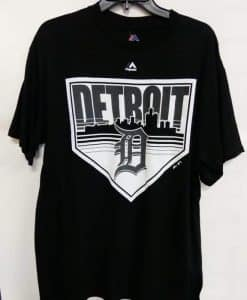Detroit Tigers Majestic Black City Landscape T-Shirt Tee